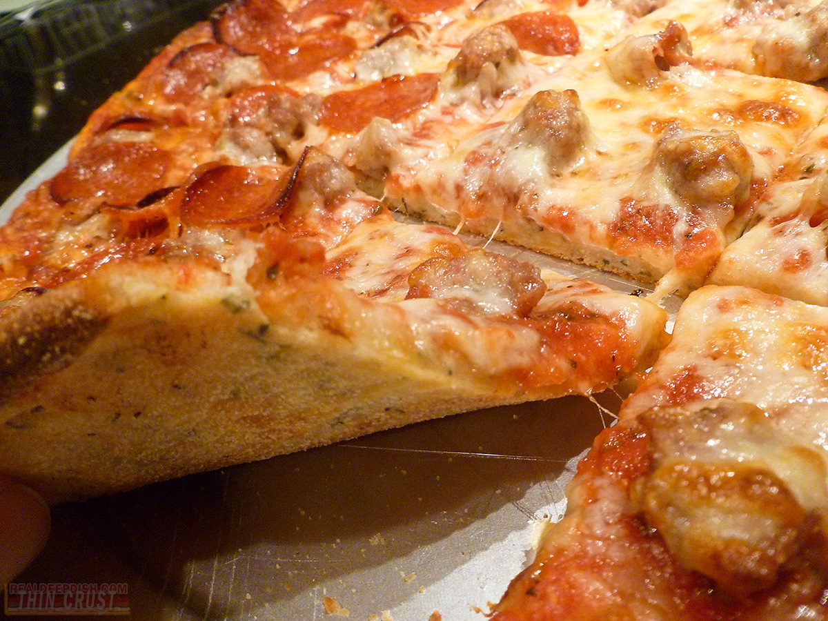 Chicago-Style-Thin-Crust-Pizza-20140413-P1030417